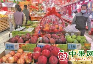 广西玉林:春节前水果购销两旺 ()